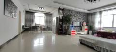 香港城旁,小区4楼,精装159平,只53.8万急售