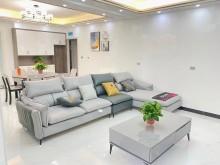 急售国际华城3室2厅2卫81.8万128m²出售