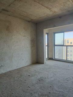 会当凌绝顶,一览众山小。新上房源,新天地高层,115.6平,3房2厅2卫,仅售63万。
