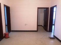 中山苑3室,简装采光好,实验小学学区,生活方便