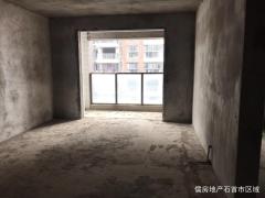 中山路江景电梯房清水毛坯,108平米南北通透,楼龄新,单价4300,证件在手,马上过户,仅此一套!