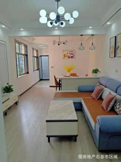 锦江花园旁3室,精装采光好,中层,可议价