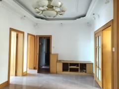 [庆祝][庆祝]文峰文昌双学位134平米4房2厅,步梯中层,有停车位和 物业管理,仅售30多万