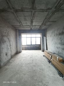 清水电梯房毛坯3室2厅2卫43万107.51m²出售