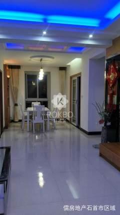 绣林大道,江南名居3室,140.6m²大户型,精装修,南北通透,接受按揭。