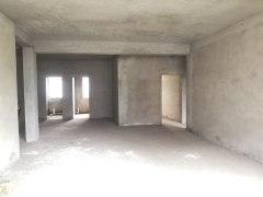 昌青园3室,二楼毛坯,送储藏室3o平方,过户便宜