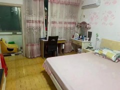 670B8 锦州小学旁单位小区,三楼, 两房,精装修,出让满二,过户便宜且快,只要19.8万。