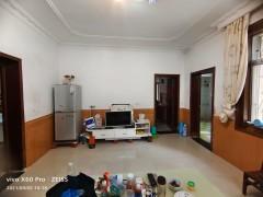文昌小学对面建设局3房,简单装修,养老楼层,可议价