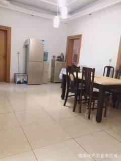 城市广场附近2室2厅1卫36万91.8m²简单装修出售