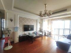 (石首城区)御景龙湾3室2厅2卫91.8万129m²出售